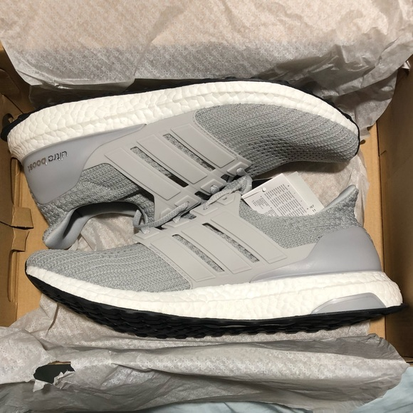 detailed look 95603 8dfcb adidas ultra boost. grey  grey  cloud white.